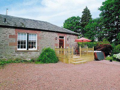 Auchendennan Farmhouse - Rose Cottage, Arden