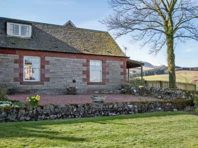 Shepherds Cottage, near Balfron Station