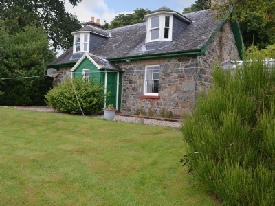 Kennels Cottage - Beaufort Estate, Kiltarlity, near Beauly