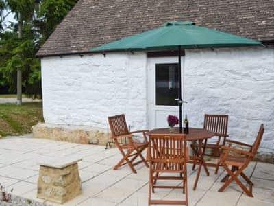 Cornbrash Farm Cottage thumbnail 1