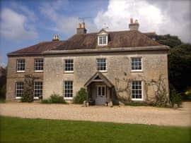Dorchester Manor, sleeps 20 in Dorchester.