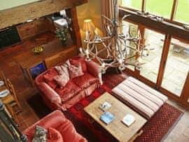 Birch Pavilion, sleeps 15 in Tunbridge Wells.