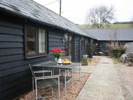 Hastingleigh Barn Complex, sleeps 18 in Ashford.