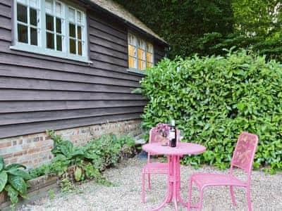 Bumbles Cottage thumbnail 6