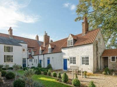 Westholme Cottage thumbnail 1