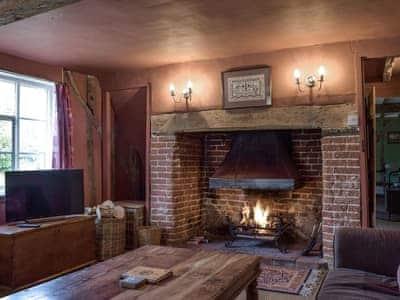Bell Corner Cottage thumbnail 1