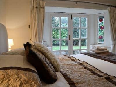 Lilac Cottage thumbnail 7