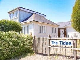 The Tides, sleeps 12 in Rye.
