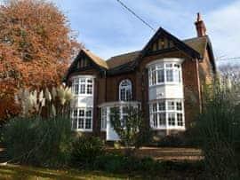Sutton Lea Manor, sleeps 14 in Hunstanton.
