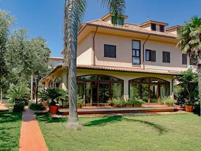 Villa Cycas thumbnail 1