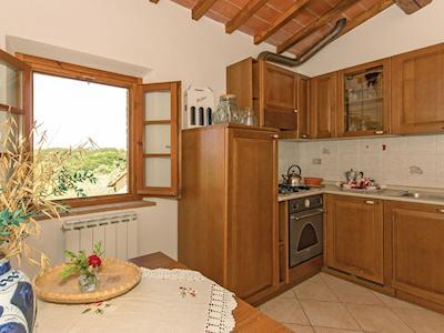 Apartment 8 thumbnail 4