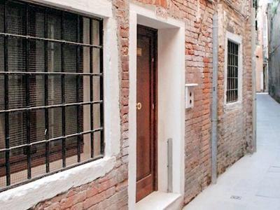 Calle Testa thumbnail 5