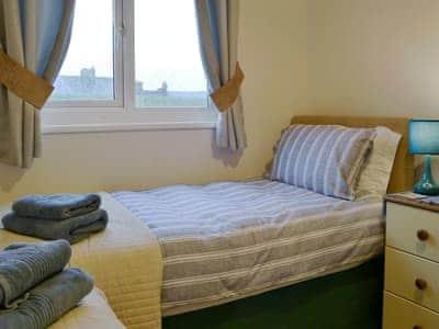 Twin bedroom | Harbour Holm, Amble