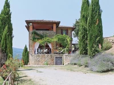 Casa Passignano thumbnail 1