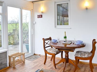 Hillend Guest Cottage thumbnail 3