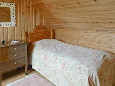 Ewe Cottage thumbnail 6