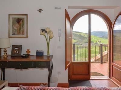 Borgo Catignano- Casa Rossa thumbnail 7