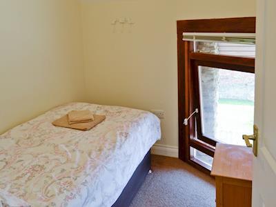 Chesil Cottage thumbnail 8