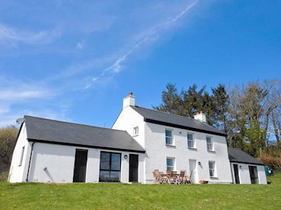 Photo of Dogoed House
