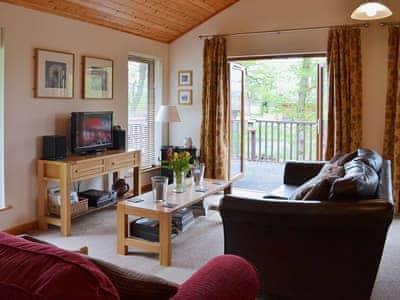 Rowanburn Lodge thumbnail 1