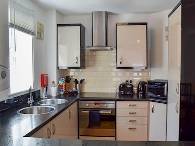 Apartment 4 thumbnail 3