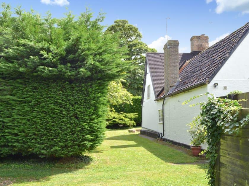 Breeds Farm Cottage