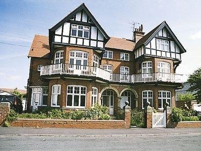 C4Y-17707-https://img.chooseacottage.co.uk/Property/132/400/132392.jpg