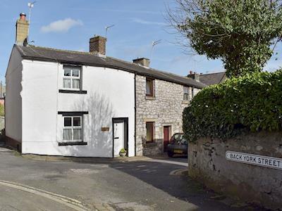 Albion Cottage thumbnail 1