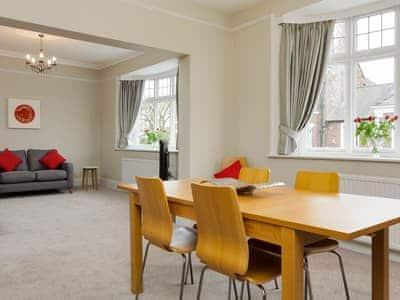 Victoria Apartments1 thumbnail 4