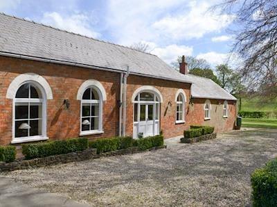 photo of Binbrook House Mews