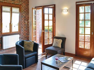 Cottage Du Canal thumbnail 1