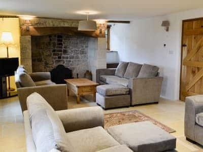 New Inn Farm House thumbnail 1