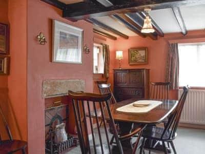 Vine Cottage thumbnail 4