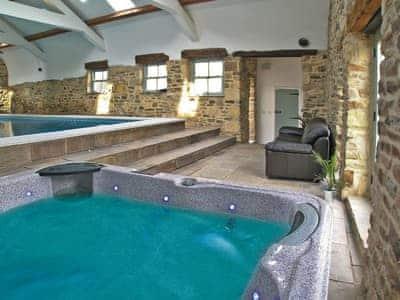 Durham Cottage thumbnail 1