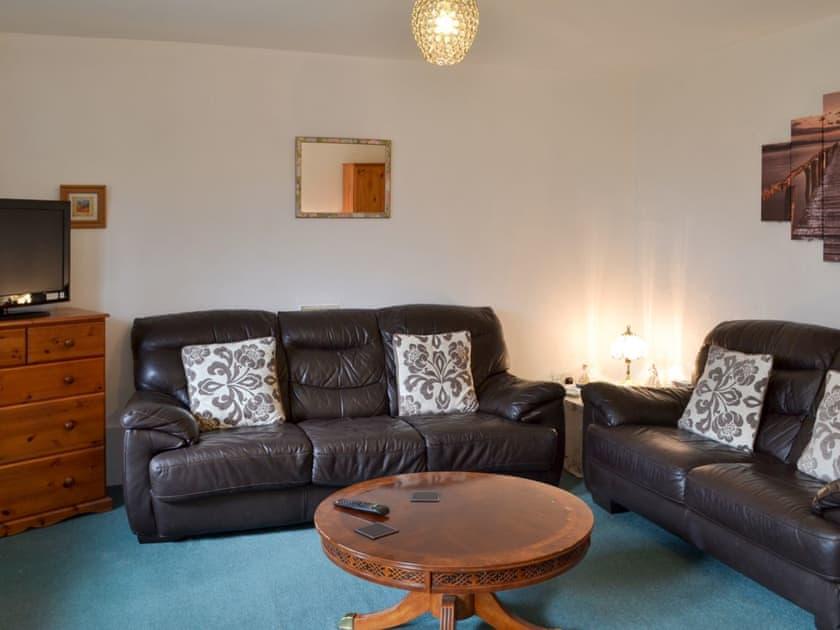 Bay Tree House Apartments - Garden Flat (ref UKC2607) in