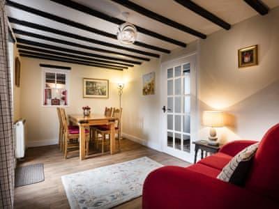 Barmstone Cottage thumbnail 3