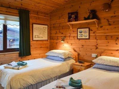 Lodge 27 Loch Lomond thumbnail 7