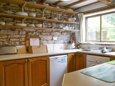 Titchbourne Cottage thumbnail 6