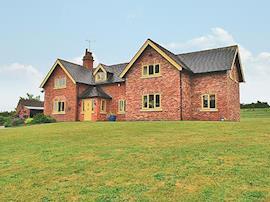 Poplar Farmhouse, sleeps 14 in Stafford.
