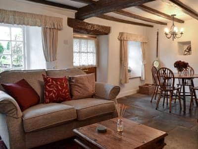 Roselea Cottage thumbnail 3