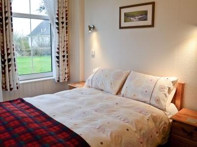 Gladstone Cottage thumbnail 4