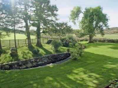 Low Ickenthwaite Farm Cottage thumbnail 4