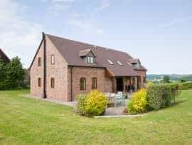 Kingfisher Cottage, sleeps 14 in Bridgnorth and Ironbridge.