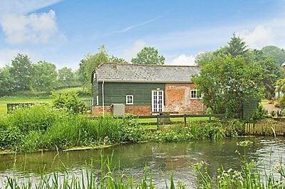 Millpool Cottage thumbnail 6