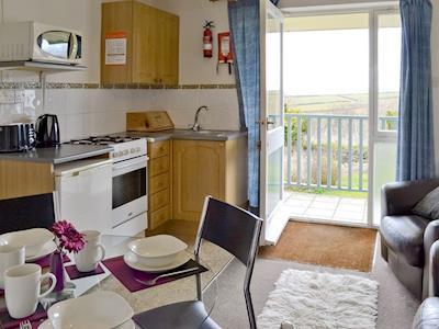 Willow Apartment thumbnail 8