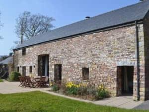 Cennen Cottages at Blaenllynnant, Ysgubor Fawr