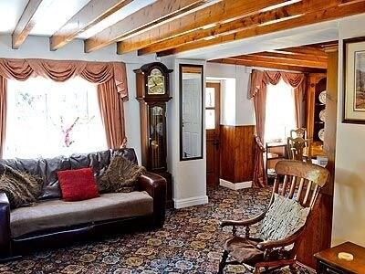 Tipsy Drake Cottage thumbnail 3