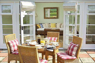 Gardeners Cottage thumbnail 6