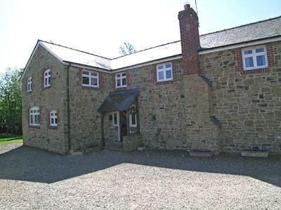 C4Y-RYY6-https://img.chooseacottage.co.uk/Property/403/400/403800.jpg