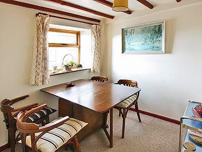 Wyrddol Cottage thumbnail 3